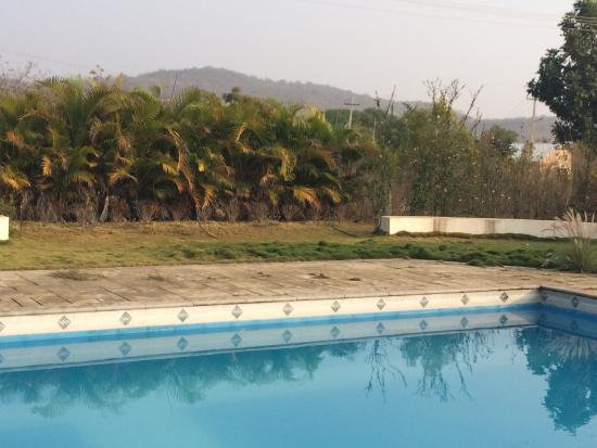 Pool - Hills & Valleys Outdoors Picture