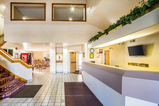 Rodeway Inn - Memphis / American Way: Lobby