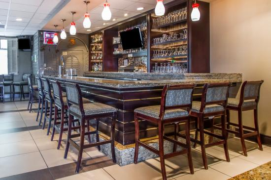 Deming, NM: Bar