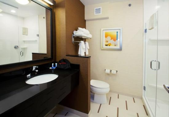 Wentzville, MO: Suite Bathroom