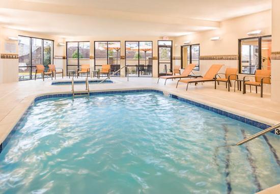 Stafford, فيرجينيا: Indoor Pool & Whirlpool