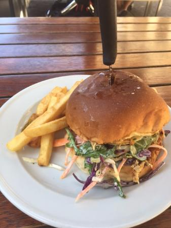 Irish Murphy's: $15 Lunch Special (Pulled Chicken Burger in Brioche Bun)