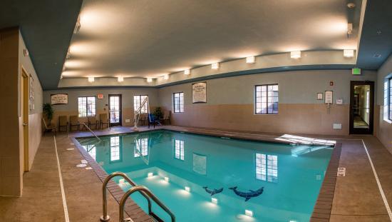 Schererville, IN: Indoor Heated Pool