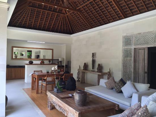 Interior - Villa Bali Asri Batubelig Photo
