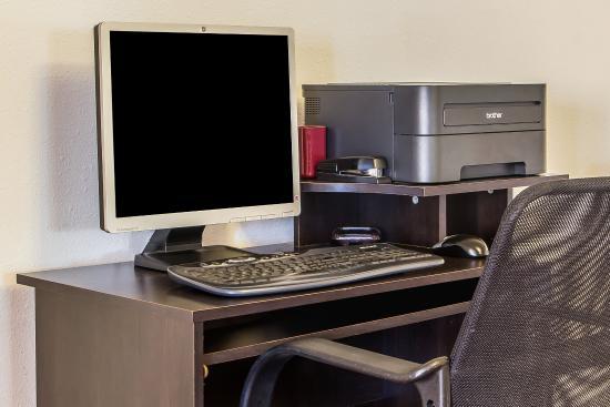 Quality Inn : Computer