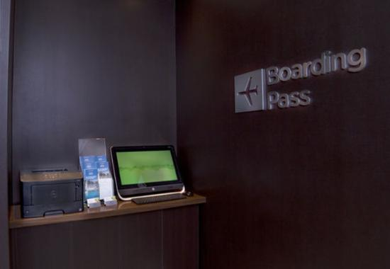 Pearl, MS: Boarding Pass Kiosk