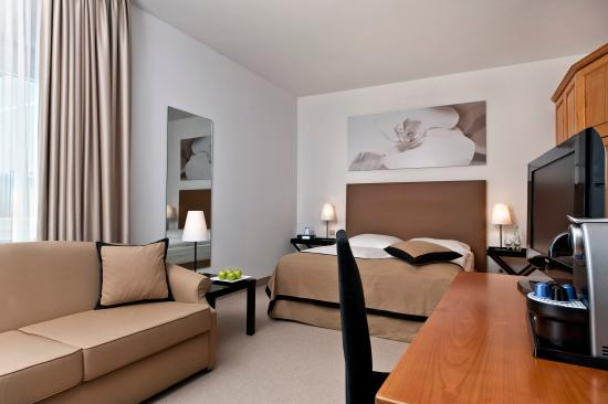 TRYP by Wyndham Rosenheim: Business room