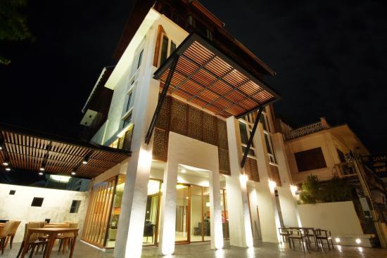 review of tapae gate villa chiang mai thailand rh tripadvisor co nz