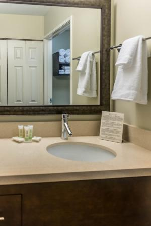 Chandler, AZ: Suite Bathroom