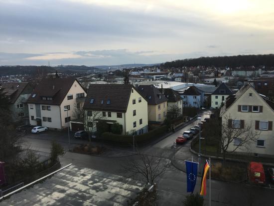 Hotel Zuffenhausen: Der Blick aus dem Fenster meines Zimmers im Hotel.