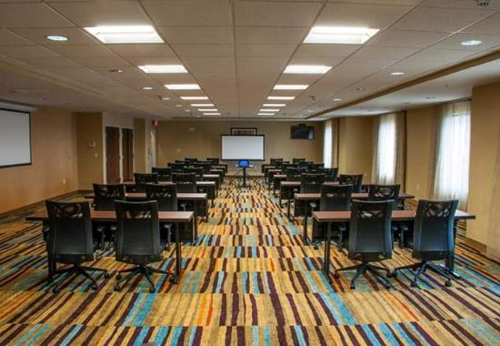 เอลก์ฮาร์ต, อินเดียน่า: Elk Room – Classroom Setup