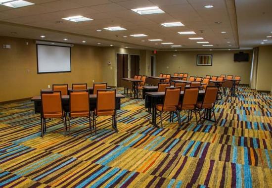 Elkhart, IN : Elk Room – Classroom Setup