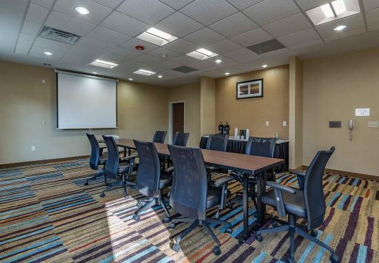 Elkhart, IN : Elk Heart Room - Conference Setup