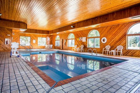 Van Wert, OH: Pool