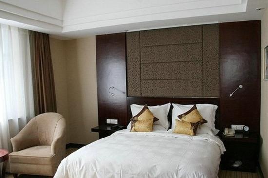 ซีหนิง, จีน: Deluxe King Room