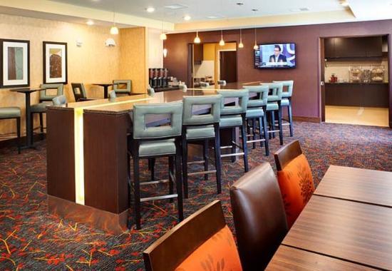 Ann Harbor, MI: Breakfast Seating Area