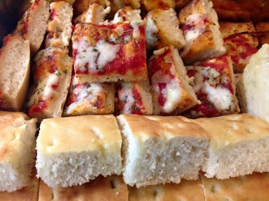 Seveso, Италия: La Nostra Pizza a quadrucci per i Vostri Aperitivi