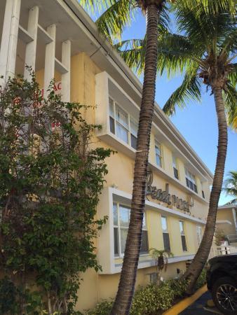 Beach Place Hotel: photo0.jpg