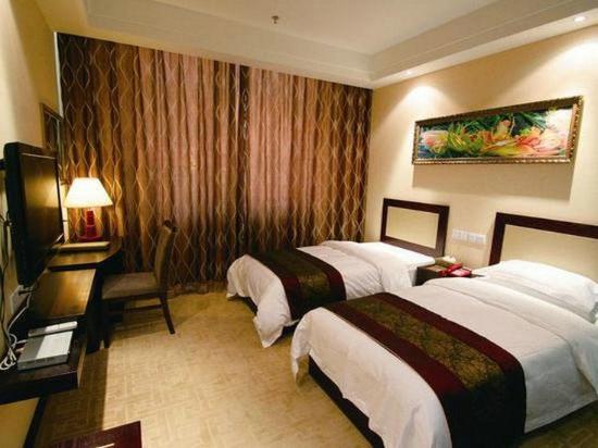 Pingliang, China: Standard Twin Room