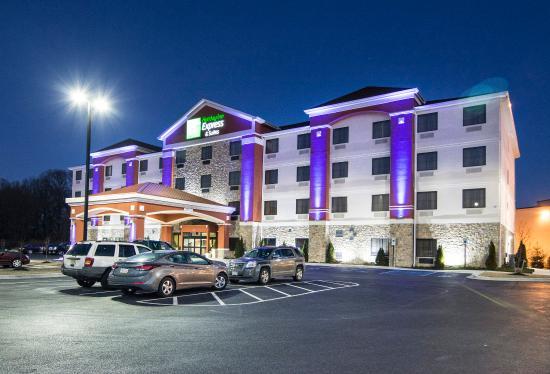 Elkton, MD: Hotel Exterior