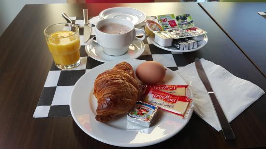 Morschwiller-le-Bas, Frankrike: Breakfast