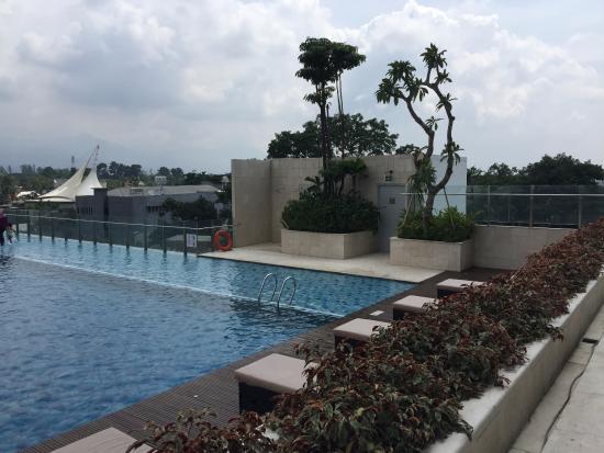 konsep kolam renang yang menarik dengan jakuzi air panas picture rh tripadvisor com