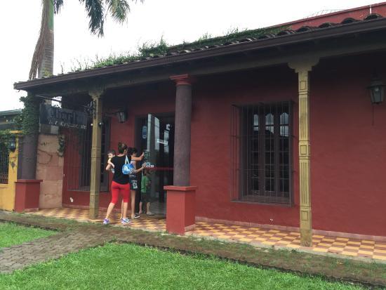 Coronel Oviedo, Парагвай: Charlot