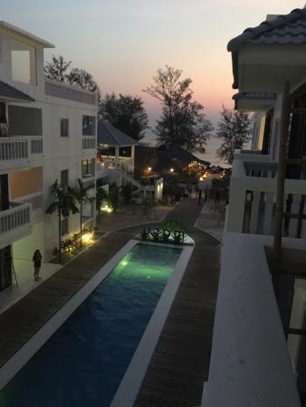 Mary Beach Hotel Resort