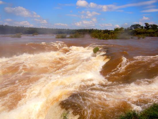 State of Parana:  La rivière Iguaçu, affluent du Paraná.
