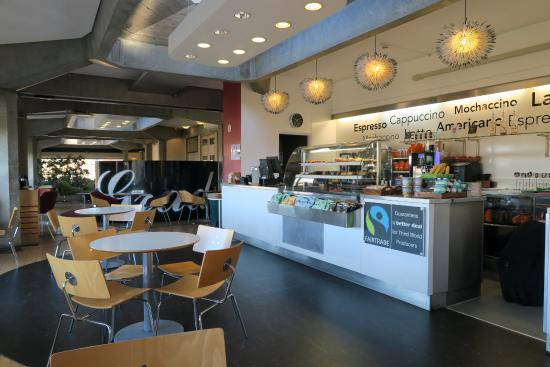 Grads Cafe University Centre