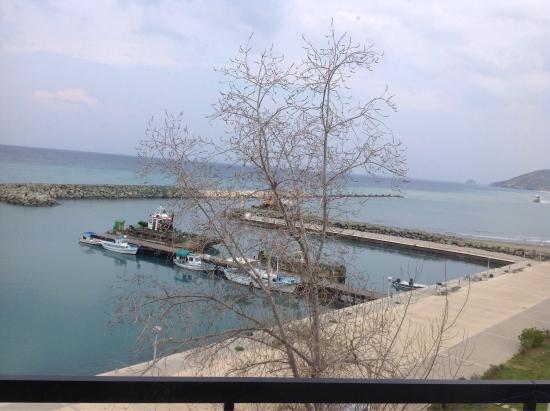 Pyrgiana Beach: Just a simple and un-pretentious view !!!!!