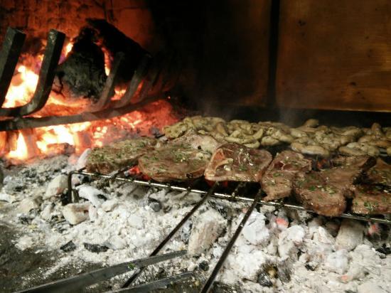 Bastia Umbra, Italien: Carne alla Brace, una delizia!