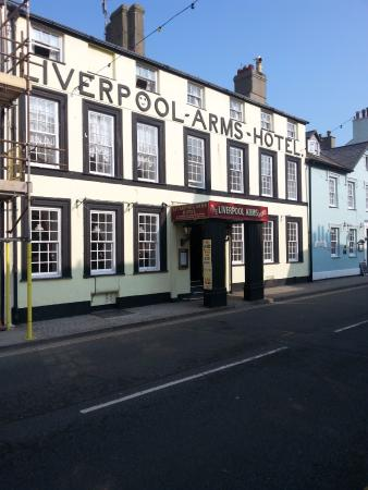 Beaumaris, UK: Very good prices, very nice food and tasty beer. All this with the lovely service