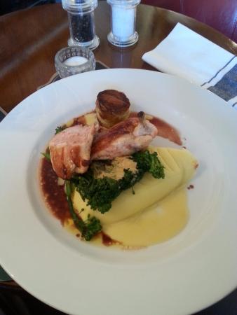 Blackwaterfoot, UK: The food tastes as good as it looks :)