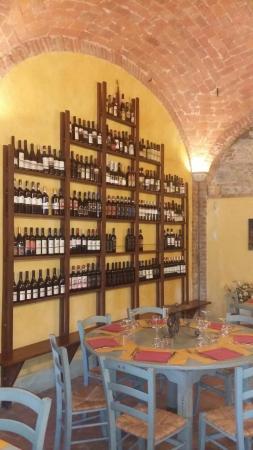 Fabro, Italia: Ottima cucina, bel ristorante e la simpatia di Tamara sono un tris  perfetto.