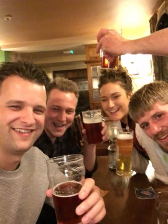 Disley, UK: Beers with friends.
