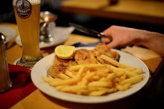 Bockenem, เยอรมนี: 1000g Schnitzel vom Metzgermeister Sauer