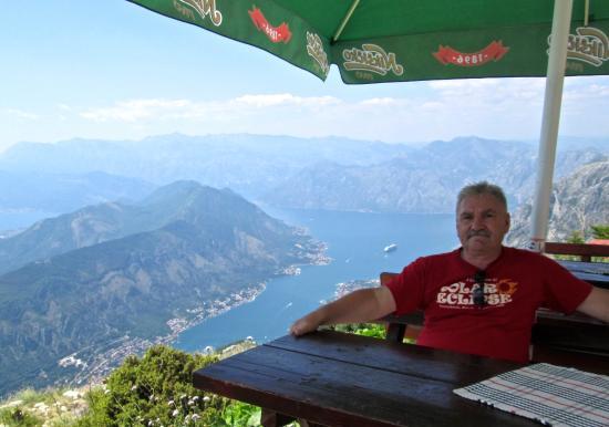 Gemeinde Kotor, Montenegro: Обед на высоте 1000 метров!