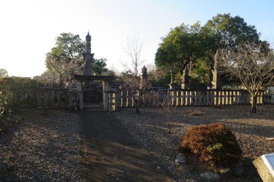 Grave of Yasumasa Sakakibara