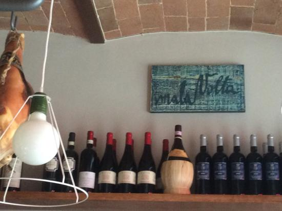 La Credenza Di Picasso Gabbro : Malavolta gabbro restaurant reviews phone number & photos