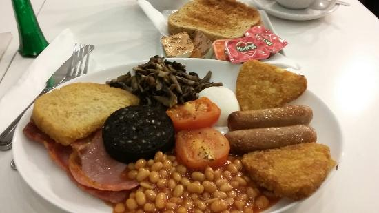 Brighouse, UK: Full Monty.Includes toast