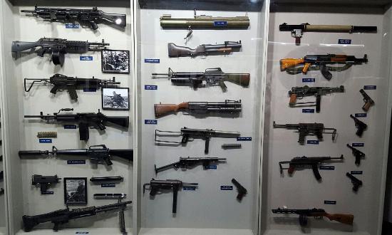 Fort Pierce, فلوريدا: Gun display case
