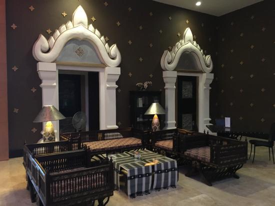 Iyara Lake Hotel & Resort: photo3.jpg