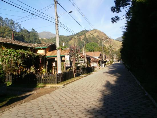 aa7214ae111c Visconde de Maua, RJ: Pousadas e Restaurantes na principal rua de Maringá  (MG