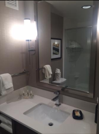 West Chester, OH: Vanity area