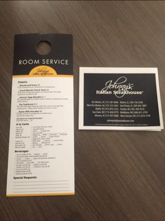 West Chester, OH: Room Service for Johnny's Italian Steakhouse