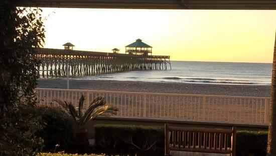 Folly Beach, Güney Carolina: What a way to wake up!