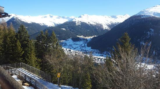 Davos Platz, Ελβετία: Panorama auf Davos runter