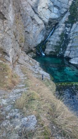 Jezioro Bohinjsko, Słowenia: The waterfall in winter