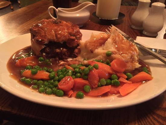 Stoke Poges, UK: Steak & Ale Pie